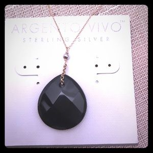 ✨Argento Vivo Onyx and 14k plated silver pendant✨